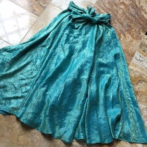Hugo Buscati green/gold crinkle maxi/attached belt